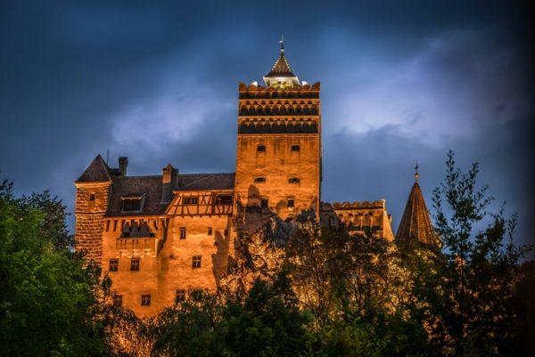 draculas-castle-Transylvania Dracula tours Romania